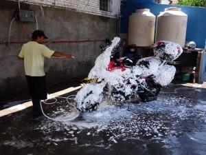 Washing bike in Salta 1
